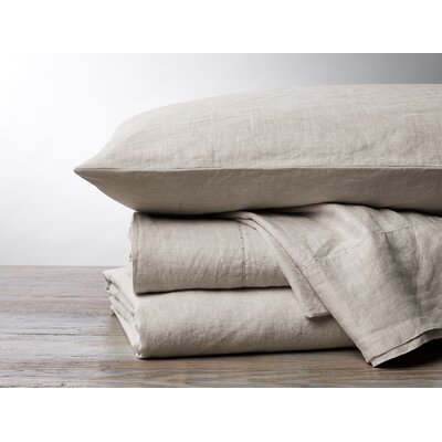 Organic Relaxed Linen 4 Piece Pillowcase Set Size: King, Color: Undyed Chambray