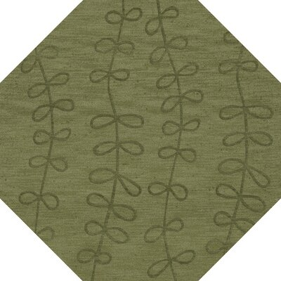 Bella Machine Woven Wool Green Area Rug Rug Size: Octagon 4