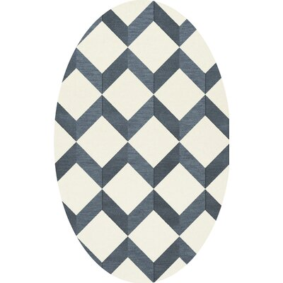 Bella Blue/White Area Rug Rug Size: Oval 5' x 8'