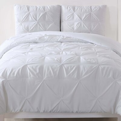 Talon Comforter Set Color: White, Size: Full/Queen