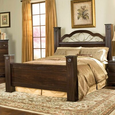 Standard Furniture Sorrento Panel Bed - Size: Queen