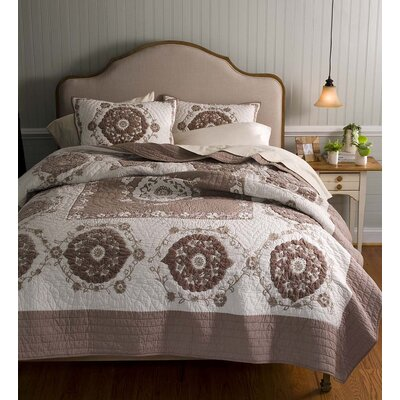 Genevieve 3 Piece Quilt/Coverlet set Size: Full/Queen