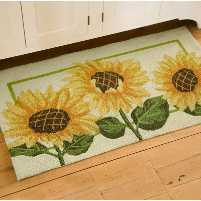 Sunflowers Hand Hooked Yellow/Green Indoor/Outdoor Area Rug