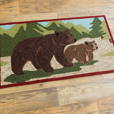 Bear and Cub Hand-Hooked Brown/Green Indoor/Outdoor Area Rug