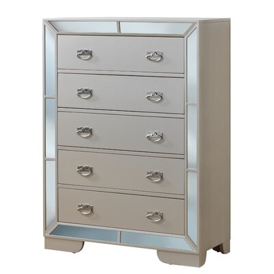 Jemma 5 Drawer Standard Chest Color: Pearl