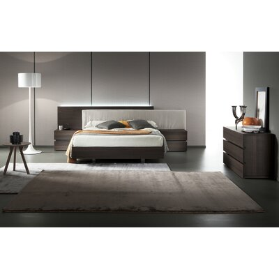 Edge Termotrattato Oak Upholstered Platform Bed Size: King