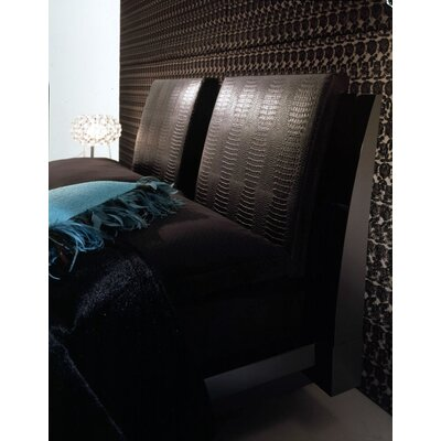 Diamond Bedroom Throw Pillow Color: Black