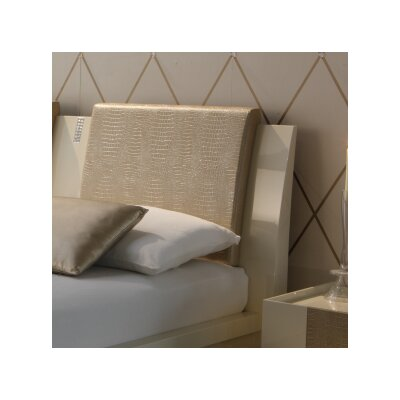 Diamond Bedroom Throw Pillow Color: Ivory