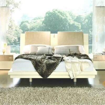 Diamond Bedroom Platform Bed Size: Queen, Finish: Ivory