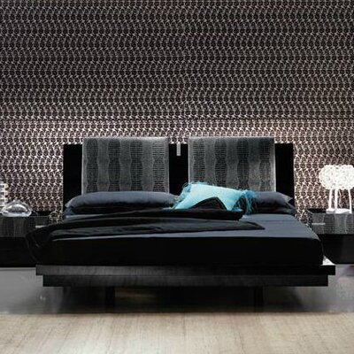 Diamond Bedroom Platform Bed Size: Queen, Color: Black