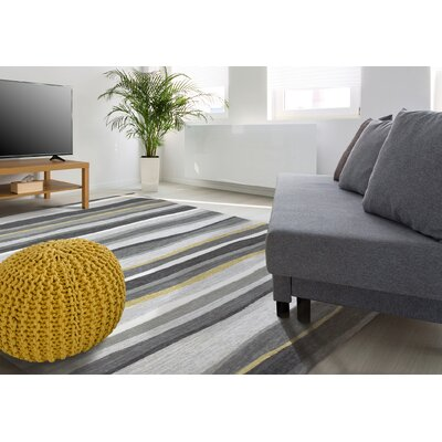 Driftwood Handmade Gray Indoor/Outdoor Area Rug Size: 110 x 210