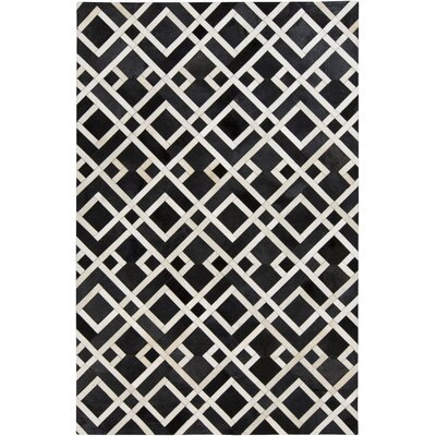 Camilla Black/Ivory Area Rug Rug Size: Rectangle 5 x 8