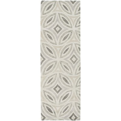 Quinn Geometric Beige/Light Gray Area Rug Rug Size: Runner 26 x 8