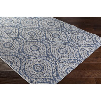 Fonwhary Floral and Plants Denim Indoor/Outdoor Area Rug Rug Size: 53 x 76