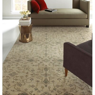 Heavenly Grey Floral Area Rug Rug Size: 6 x 9