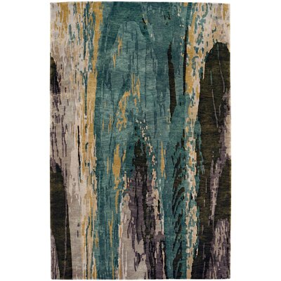 Specter Hand-Knotted Area Rug Rug Size: 5 x 8