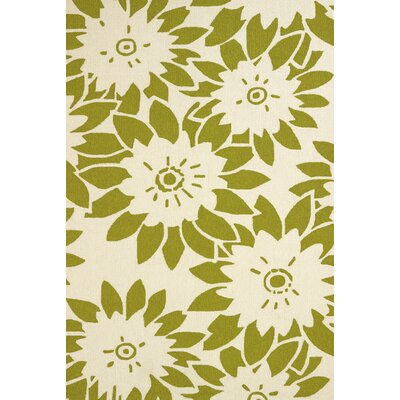 Atrium Handmade Green Indoor/Outdoor Area Rug Rug Size: 110 x 3