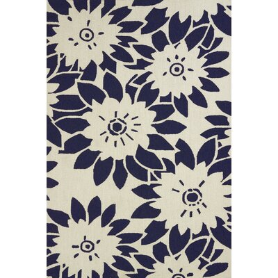 Atrium Handmade White and Black Indoor/Outdoor Area Rug Rug Size: 1'10