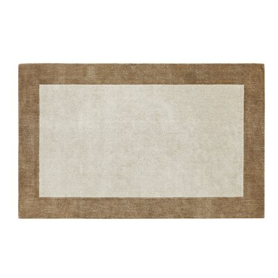 Manhattan Beige/Gold Solid Bordered Rug Rug Size: 4 x 6