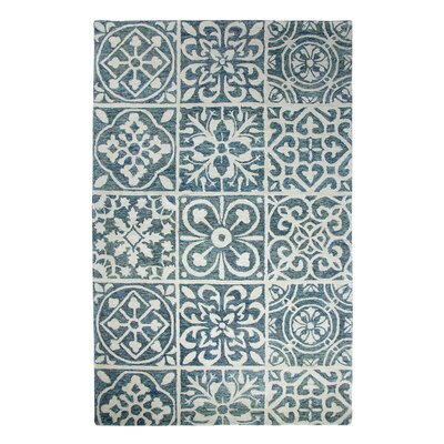 Casual Blue Area Rug Rug Size: Rectangle 5 x 8