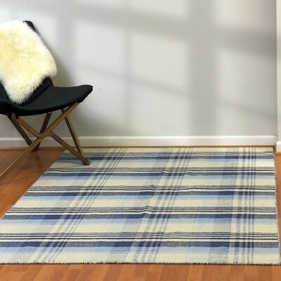 Pickering Hand Woven Wool Beige/Blue Area Rug Rug Size: 4 x 6