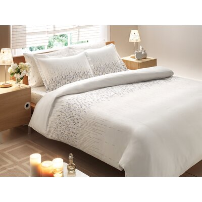 Rayon from Bamboo Cascade Midweight Down Alternative Comforter Size: King