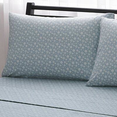 Snowflake 100% Cotton Flannel Sheet Set Size: Queen, Color: Gray