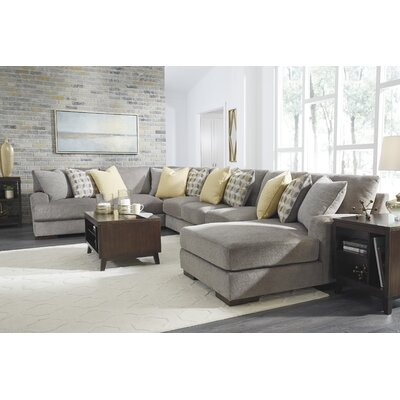 Cabravale Sectional
