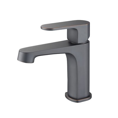 Single Handle Faucet Finish: Matte Black