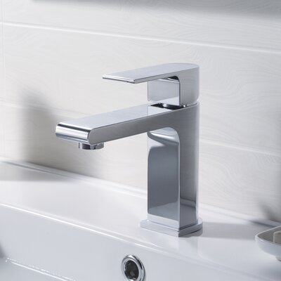 Single Handle Faucet Finish: Chrome