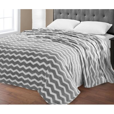 Super Plush Chevron Jacquard Blanket Size: Queen, Color: Gray