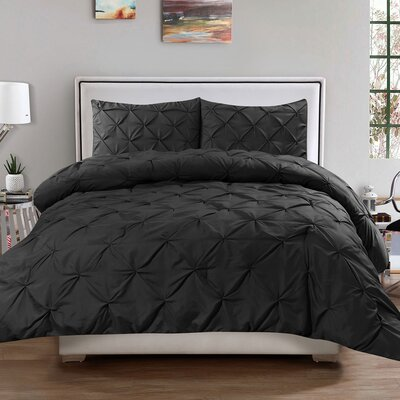 3 Piece Comforter Set Size: King, Color: Black