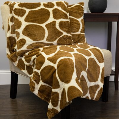 Giraffe Print Plush Faux Fur Throw