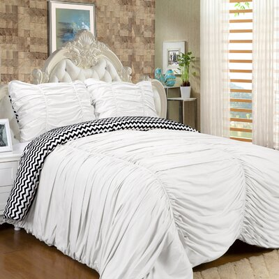 Isabella 3 Piece Reversible Comforter Set Color: White, Size: Queen