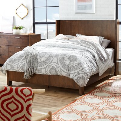 Capricorn Panel Bed Size: King