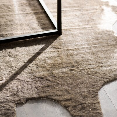 Hand-Tufted Brindle Area Rug