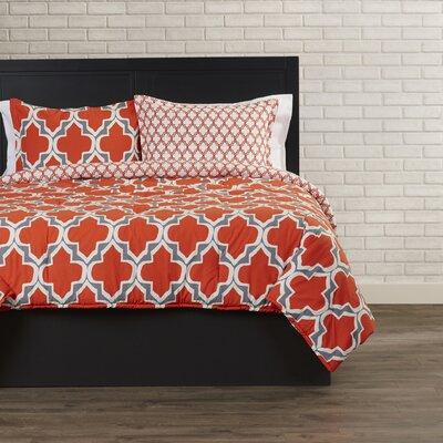 Forte Quatrefoil Comforter Set Size: Full / Queen