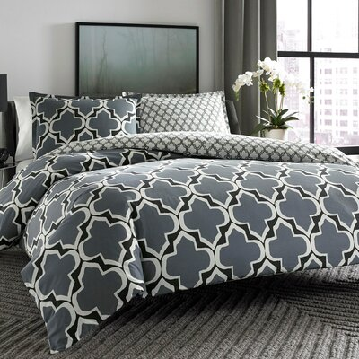 Diona Reversible Duvet Cover Set Size: King