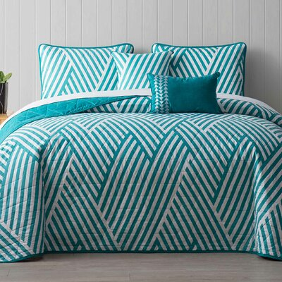 Servais 5 Piece Reversible Quilt Set Color: Teal, Size: King