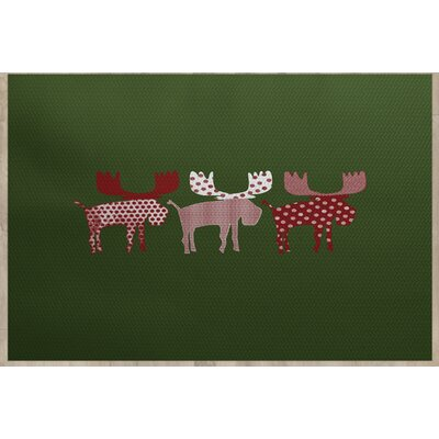 Reindeer Green Indoor/Outdoor Area Rug Rug Size: 5 x 7