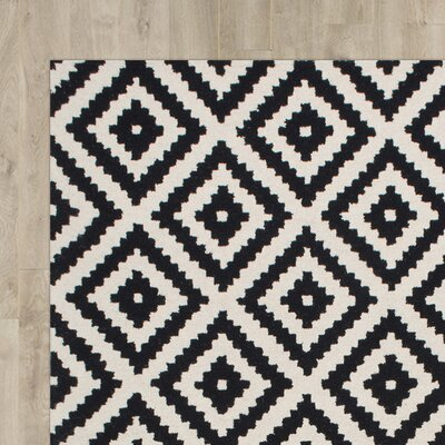 Obadiah Hand-Tufted Black Area Rug Rug Size: 4 x 6