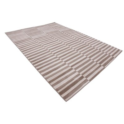 Braxton Light Brown Area Rug Rug Size: 7 x 10