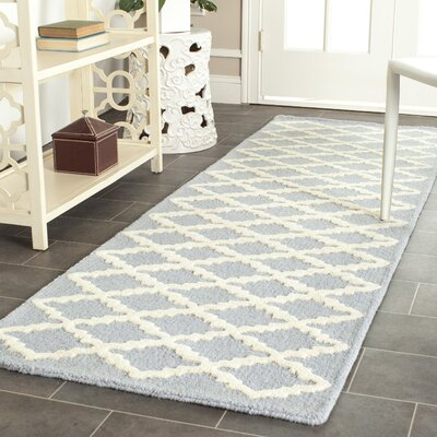 Darla Hand-Tufted Wool Light Blue/Ivory Area Rug Rug Size: Runner 26 x 12