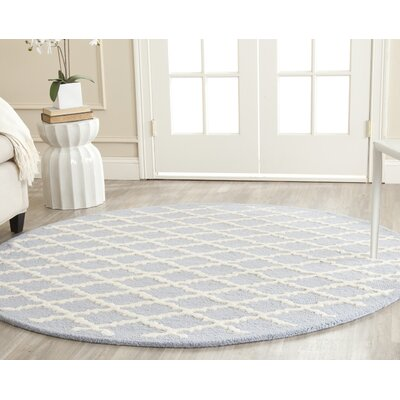 Darla Hand-Tufted Wool Light Blue/Ivory Area Rug Rug Size: Round 4