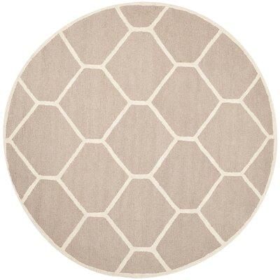 Darla Beige/Ivory Geometric Area Rug Rug Size: Round 6