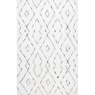 Peraza Hand-Tufted White Area Rug Rug Size: 76 x 96