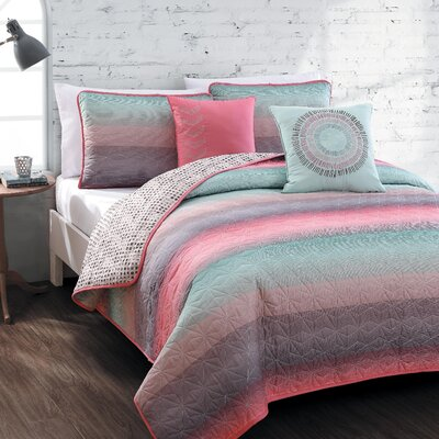 Andromedae 5 Piece Reversible Quilt Set Size: Queen, Color: Coral / Blue