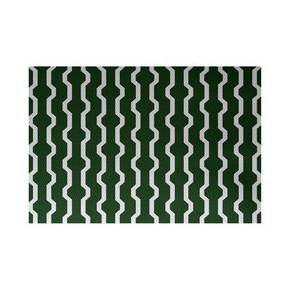 Severt Decorative Holiday Geometric Print Dark Green Indoor/Outdoor Area Rug Rug Size: 4 x 6