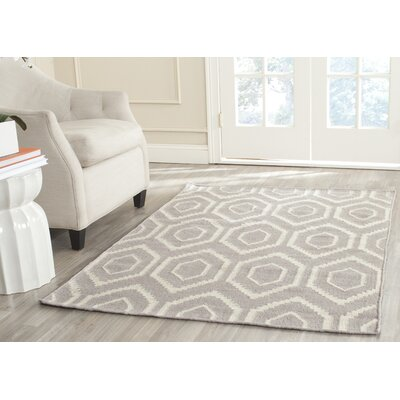 Cassiopeia Hand-Woven Gray/Ivory Area Rug Rug Size: Rectangle 10 x 14