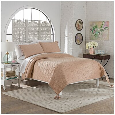 Brandt 3 Piece Quilt Set Size: Queen, Color: Dusty Rose